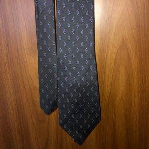 Men's navy blue necktie